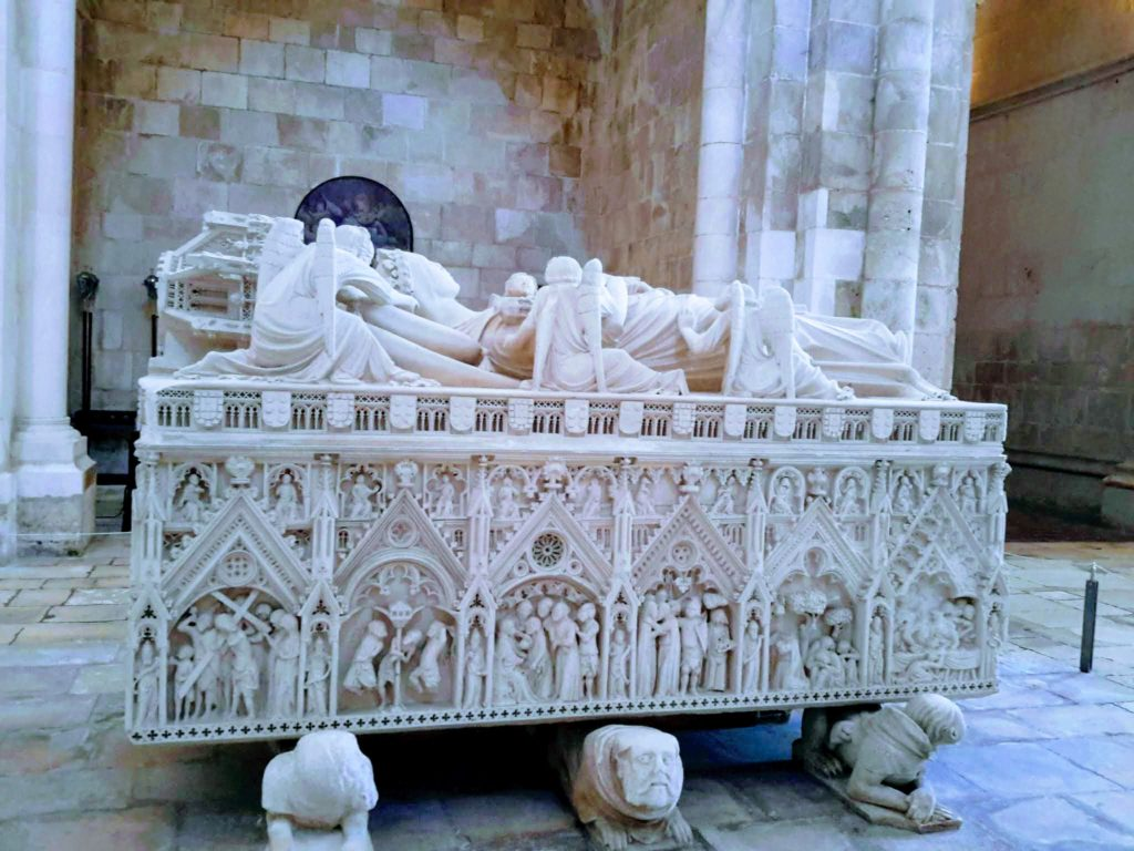 Ines of Castro murdered mistress of Pedro I in Alcobaca Monastery Portugal @DownshiftingPRO